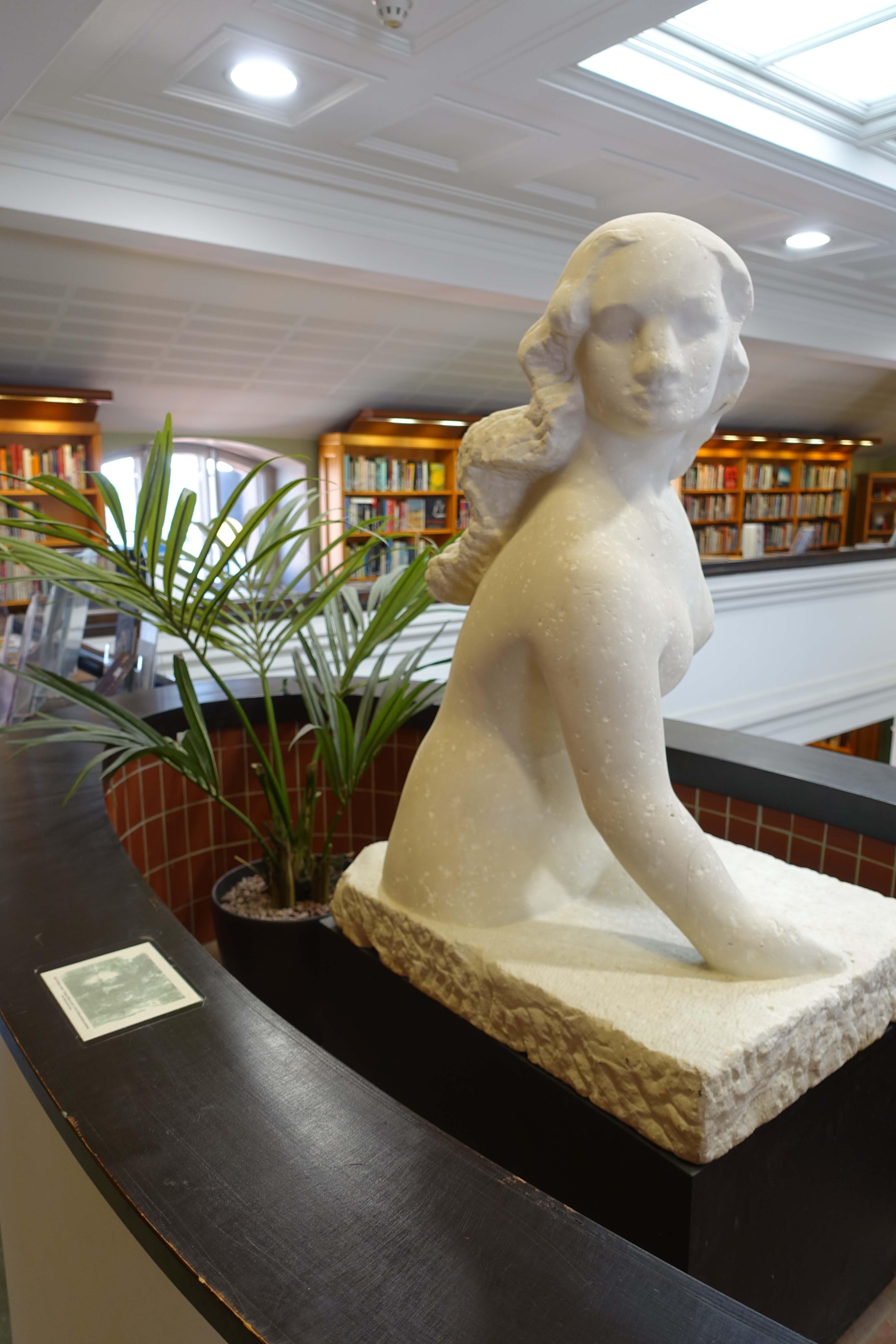 Finland's Kallio Public Library 24